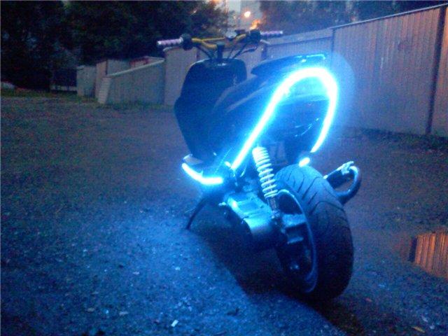 Подсветка на скутер своими руками фото 44
